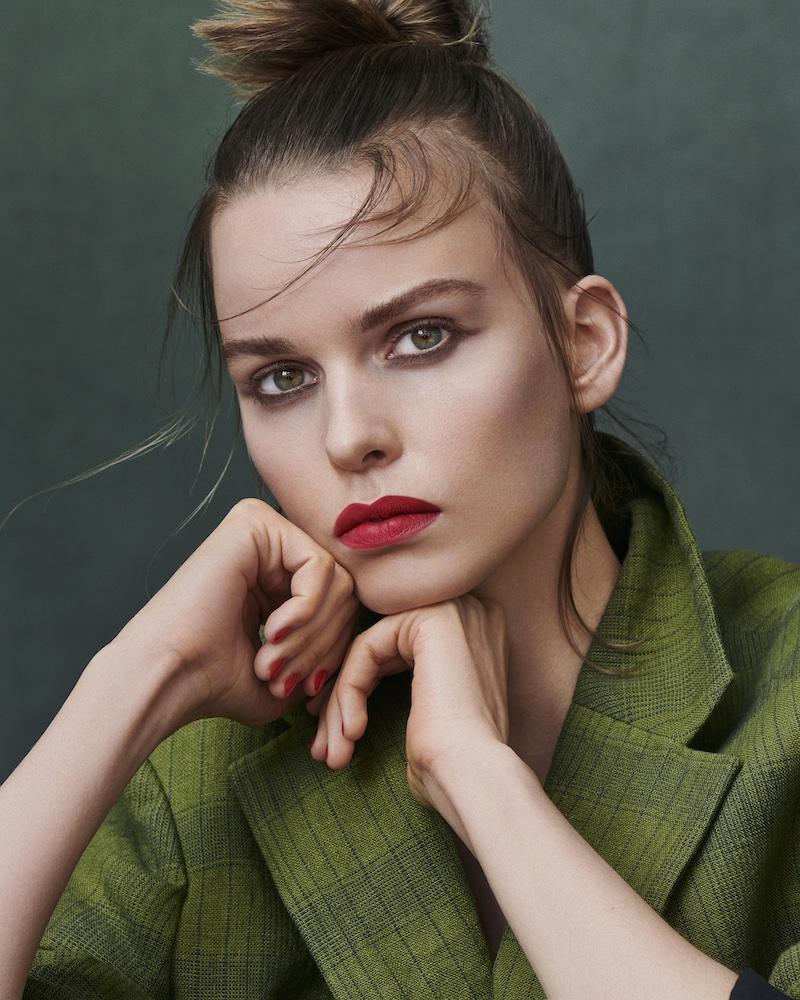 Make-Up-Trend_HerbstWinter2021_2022_look2